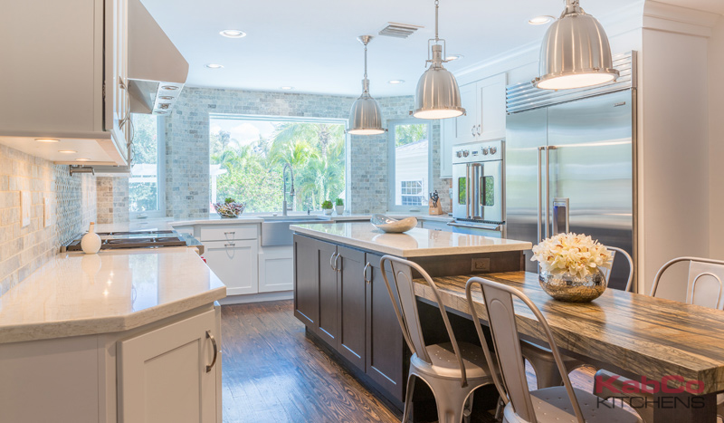 South Florida Ranch Kitchen With Homecrest Cabinetry And