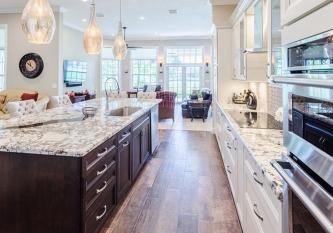 White-Classic-Kitchen-4