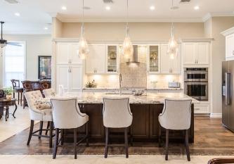 White-Classic-Kitchen-5