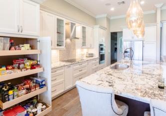 White-Classic-Kitchen-6