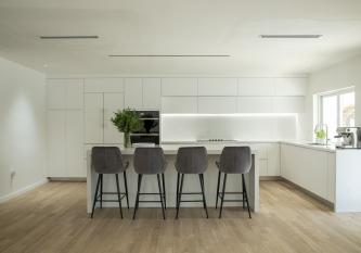 Cloud-North-Miami-KabCo-Kitchens-Remodel-33161-01