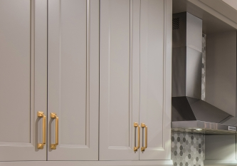 KabCo-Kitchens-Adore-Miami-Springs-Kitchen-handles