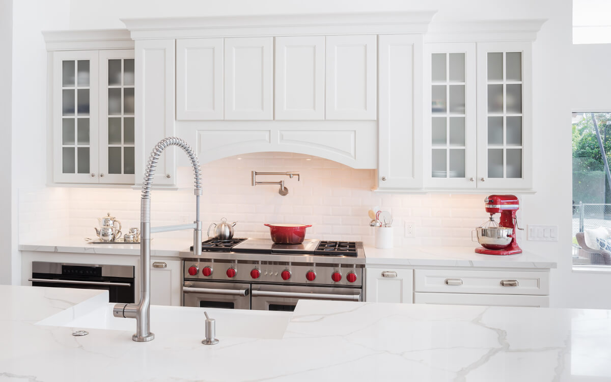 kabco-kitchens-classic-bistro-kitchen-design-remodel-5