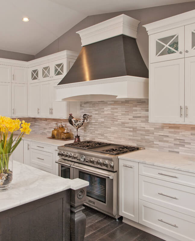 Kitchen-Backsplash-Transitional-Tiles
