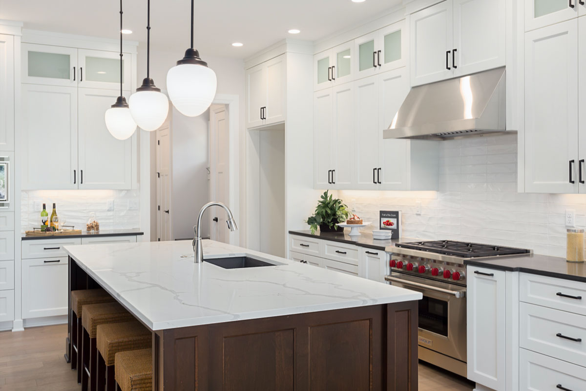 white-kitchen-cabinets-with-chocolate-island-cabinet-design